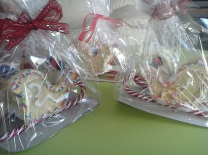 edible christmas gift idea santas sleigh cookie
