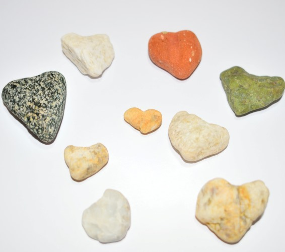 stone hearts from the beach