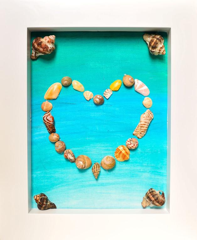 Καλοκαιρινή χειροτεχνία: Καρδιά από κοχύλια σε κάδρο