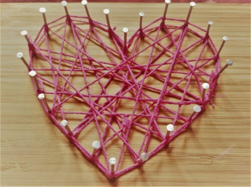 easy string art heart