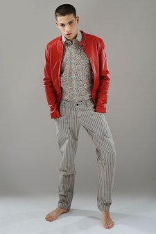Jacket Alessandro Dell'Acqua, shirt vintage A.N.G.E.L.O., trousers VV Kidz