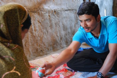 Ajitabh focuses on the child and grains his trust and good favor.