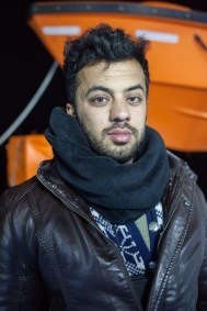 "Naveed Walizada (23) fled from Afghanistan. After his arrival with a smuggler boat he helped 5 days on Lesbos: ""Since one month I'm on the run, here I could exhale for the first time. I wanted to give back something. I experienced horrible things during my journey, children that froze to death…"""