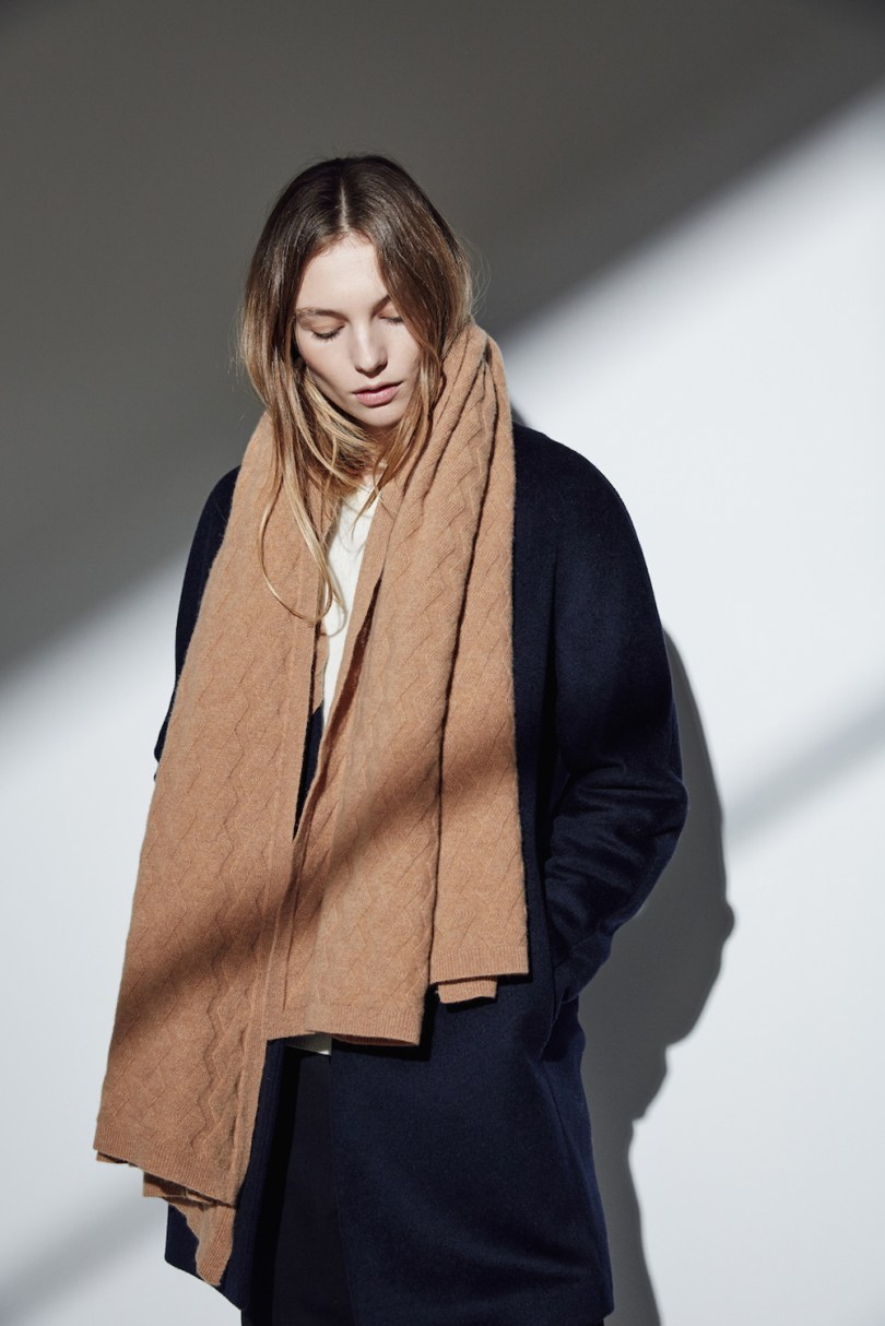 lou-dungate-the-esmond-geometric-cable-blanket-scarf-camel
