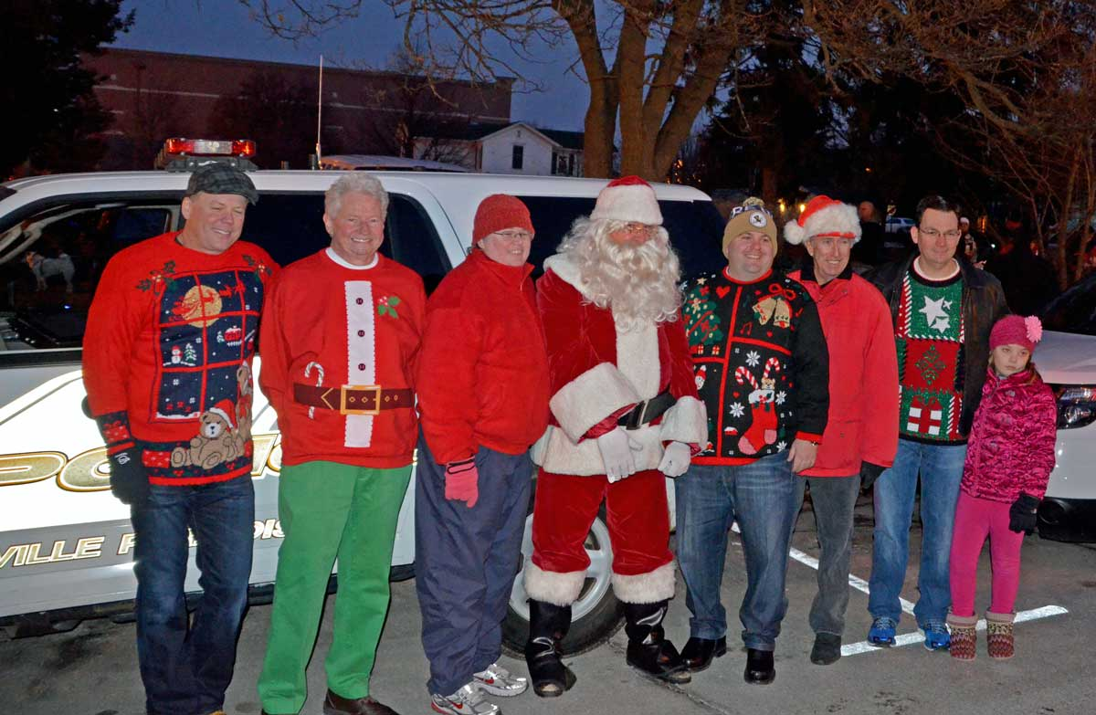 Santa's helpers have found their way to Naperville for years ...