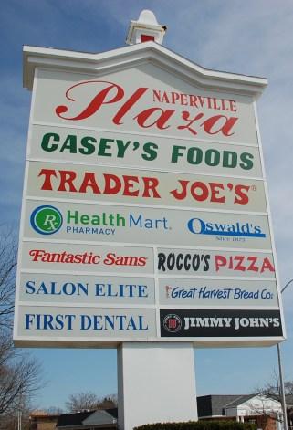 naperville-plaza-sign-DSC_5161