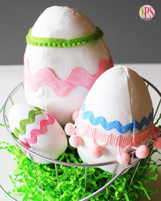 Fabric Easter Egg Softie Pattern and Tutorial :: PositivelySplendid.com
