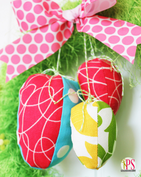 Easter Egg Wreath :: PositivelySplendid.com