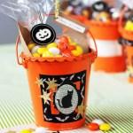 Easy Halloween Treat Buckets
