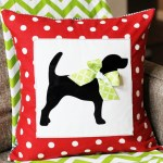 This custom pet silhouette pillow cover at Positively Splendid is absolutely darling! What a perfect gift idea for pet lovers.