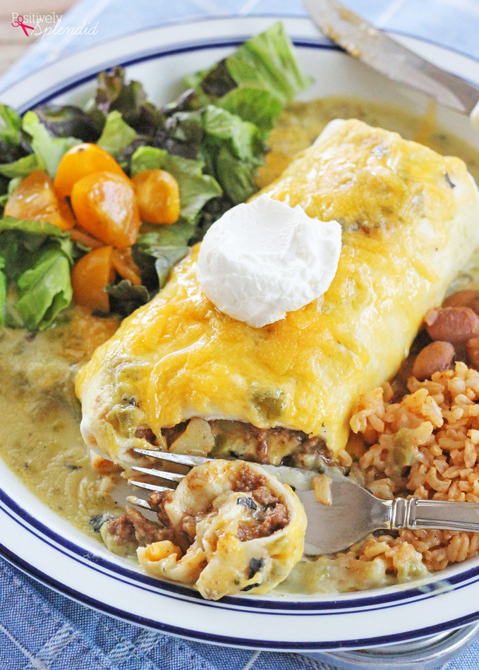 Green Chile Smothered Burrito Recipe. This beef and potato filling is absolutely delicious!
