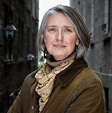 https://i1.wp.com/www.post-gazette.com/image/2016/09/25/ca4,69,432,498/Louise-Penny-2.jpg?w=994
