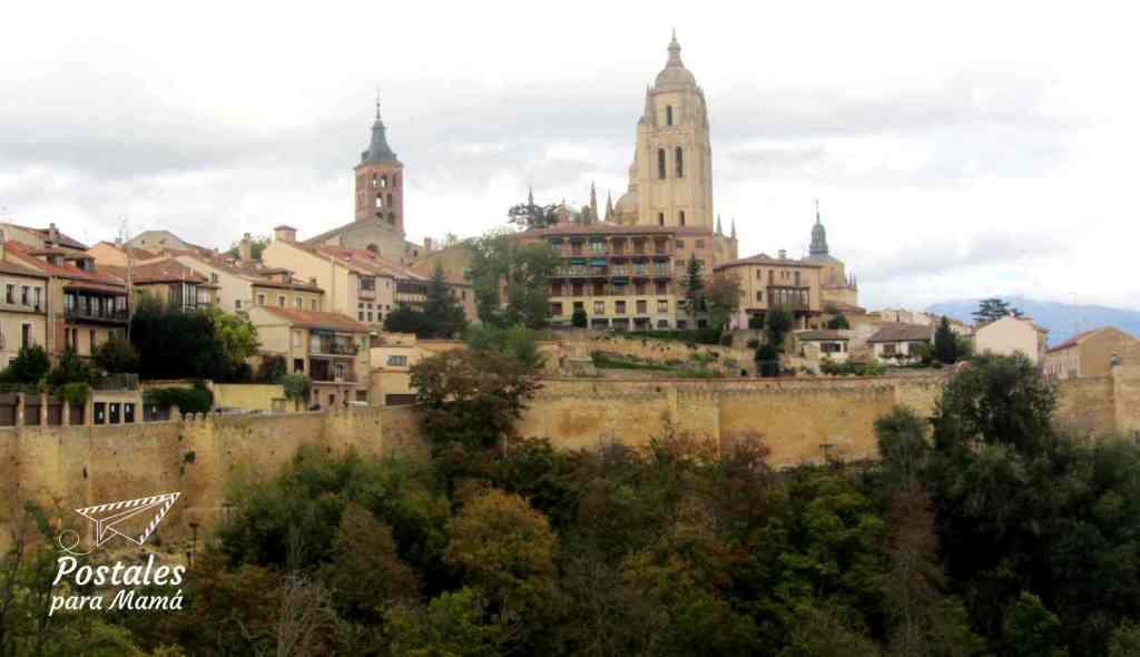 Murallas Segovia - Postales para Mamá