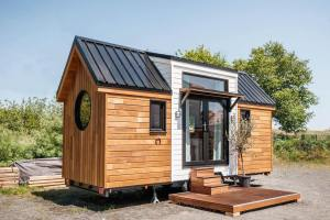 tiny house wood and glass