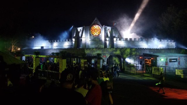Hundred Acres Manor - Haunted Houses in America