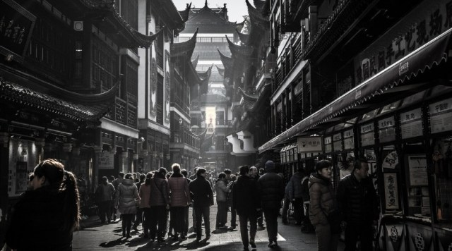Must-See Attractions Image - Yuyuan Market