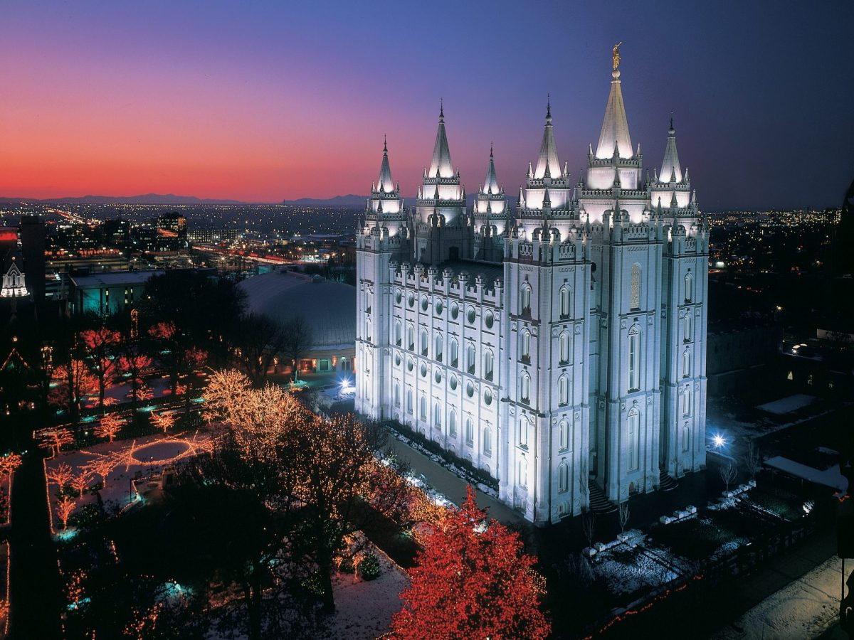 It's Not Christmas Without a Temple Square Visit!