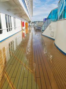 Wet decks