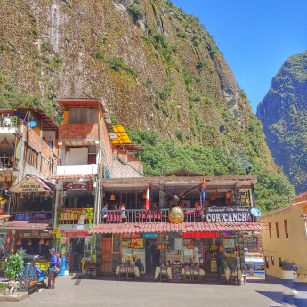 Aguas Calientes plaza