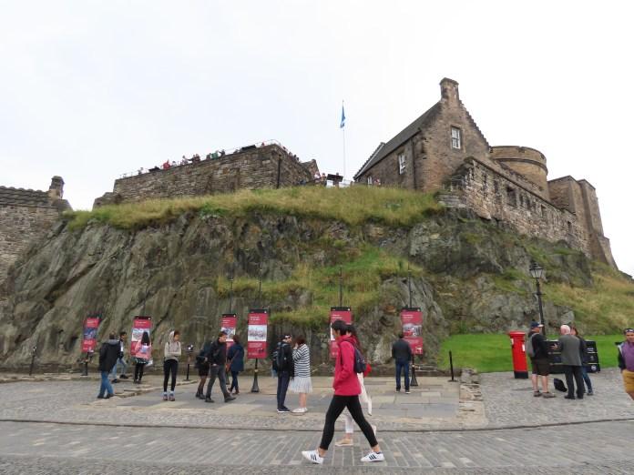 take a tour of Edinburgh, castle