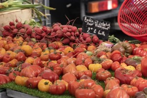 tomatoes in French market
