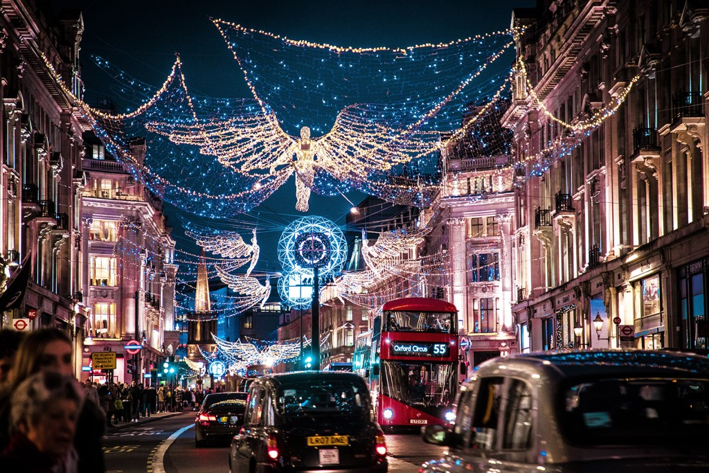 Christmas in London. 20 Tips for traveling to London for the first time