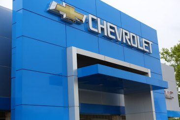 Business-Henson-Chevy-Building