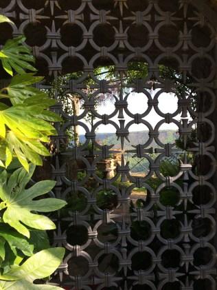 Civita-di-Bagnoregio - view thru gate