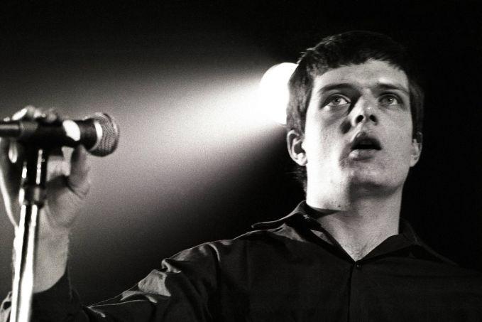 Ian-Curtis