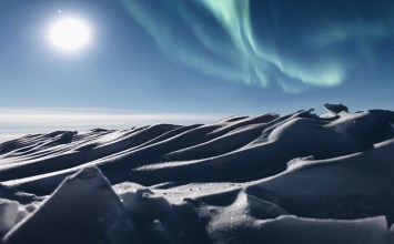 Η εξώκοσμη Alaska του Kerry Tasker