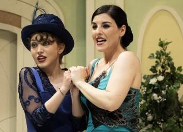"""Η δημοφιλέστερη ελληνική οπερέτα """"Βαφτιστικός"""" στο Ολύμπια"""