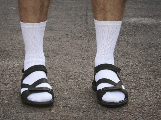 socks-sandals2