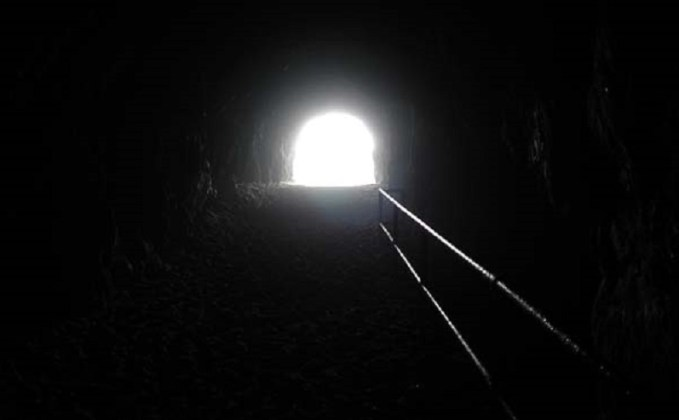 the_light_end_tunnel