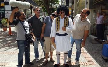 Όταν ο Τσολιάς βγαίνει στο δρόμο γίνεται της… Ελληνοφρένειας !