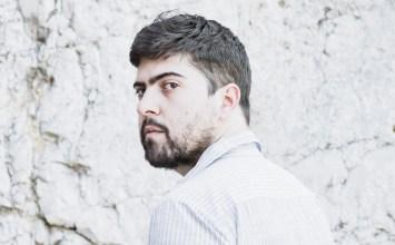 Ο Δημήτρης Καραντζάς μιλά για τη δική του Μήδεια, που δεν είναι ούτε γυναίκα ούτε άντρας