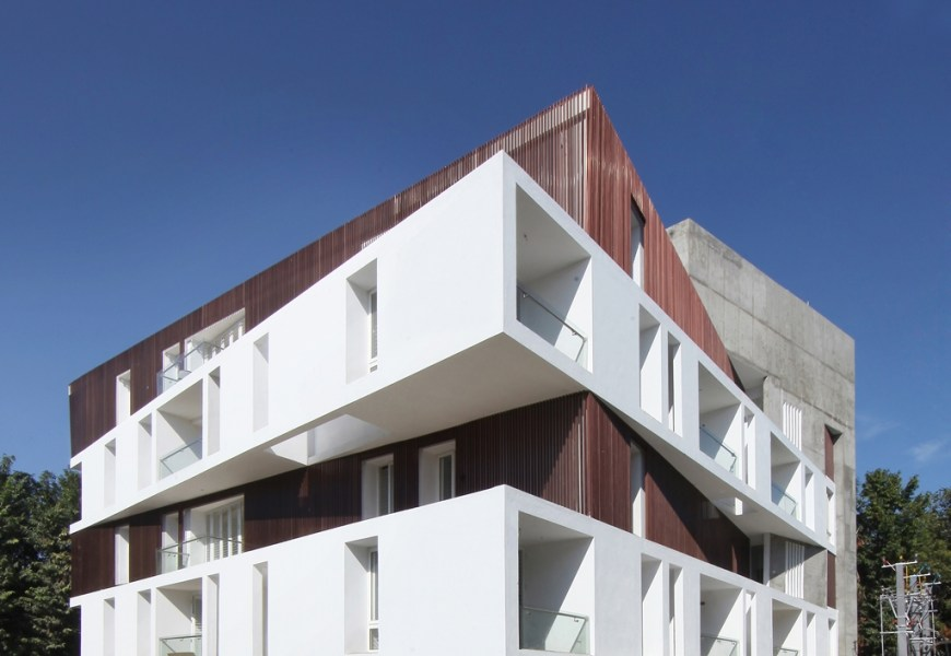 Housing DupleXS, Chennai by Biju Kuriakose and Kishore Pannikar, ArchitectureRED