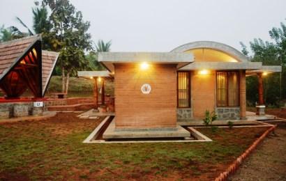 Bhatia Farm Residence, Mumbai,  Ranjeet Mukherjee