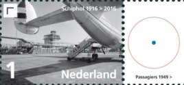 Vel Schiphol - rechts 2e postzegel
