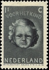 NVPH 444 - Kinderzegel 1945
