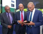 Safaricom & KCB launch M-Pesa mobile money account