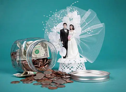 Saving for your wedding. Picture from http://www.marche-ph.com/marche-finds/bridal-budgeting/
