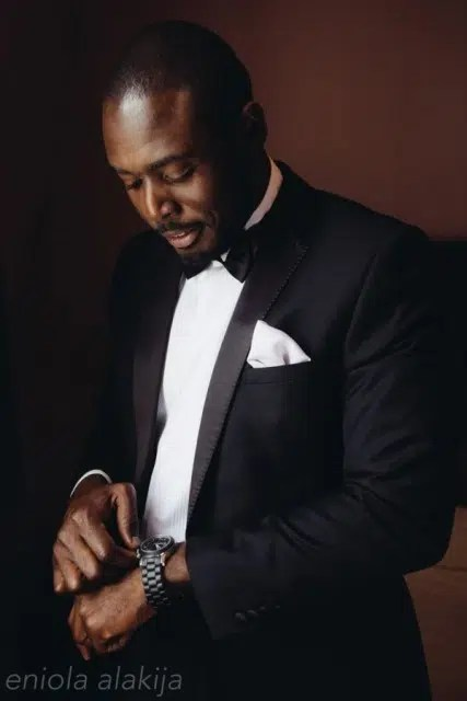 Looking stylish in a suit. Image from http://ow.ly/TWRx4