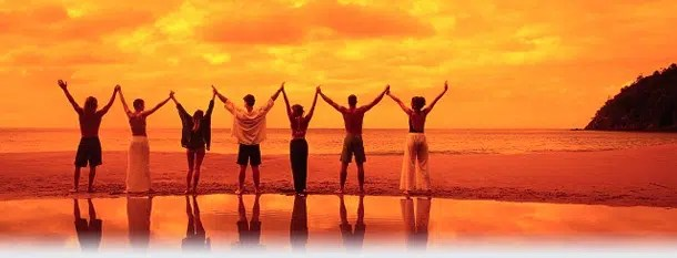 Group travel. Image from http://volaretravel.com/group-travel/