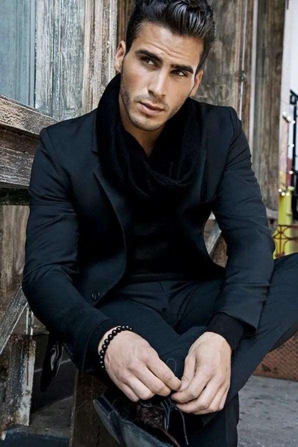 Looking good in a scarf doesnt have to be hard. Image from http://wefollowpics.com/the-handsome-richie-nuzzolese-looks-sharp-in-a-slim-cut-black-suit-black-scarf-and-black-bead-bracelet-monochromatic-definitely-works/