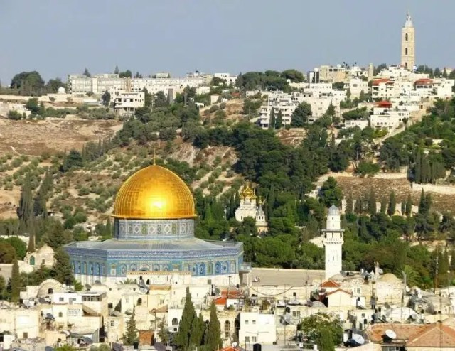 Jerusalem in Israel. Image from http://www.silverdove-tours.com/Tours-details/7-Days-Tour-To-Israel
