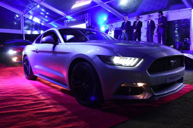 ford-mustang-2017