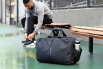 Lifestyle: 7 Things to Pack In Your Gym Bag