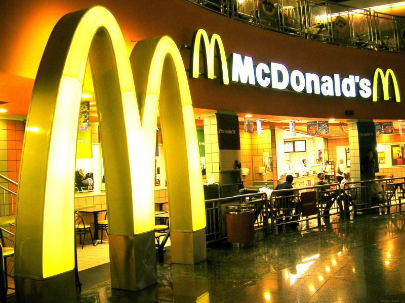 Allez donc fêter la Saint Valentin au McDonald's !