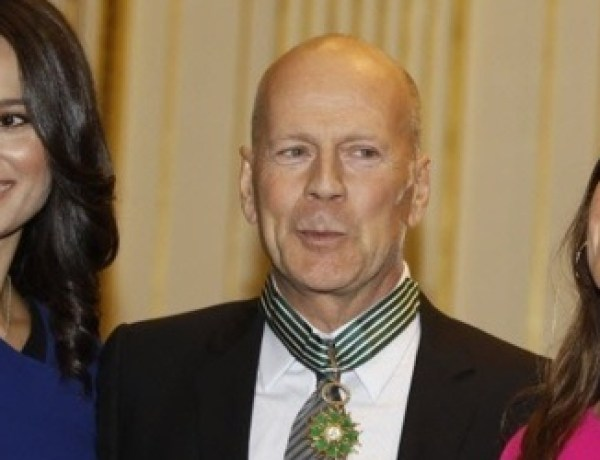 Bruce Willis décoré par la France