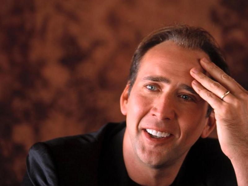 On a volé des photos sexy de Nicolas Cage !